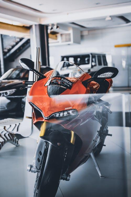 Motorverzekering bespaart geld
